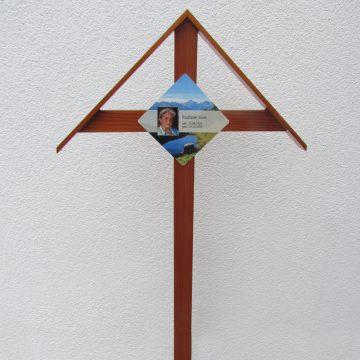 Holzkreuz_Bestattung Stuchly